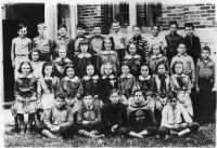 A class of 6th grade students at one of Wheeling's schools, year 1939-1940.