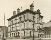 The old Post Office. This building was erected on the corner of 16th and Market Streets at the cost of $120,000. It is still standing. [Independence Hall]