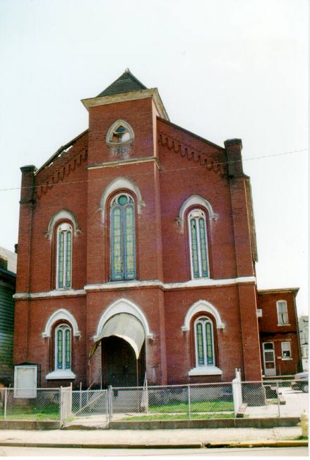 Old Thomson Methodist Church, 1970s-195, 24-26 South Broadway, Wheeling Island. Photo by James Janos, 1998.